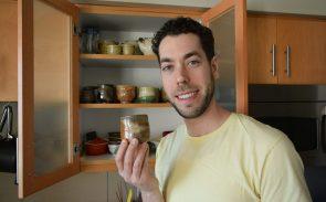 日本のやきものと料理に魅せられた翻訳者が京都「有次」の包丁に出会う